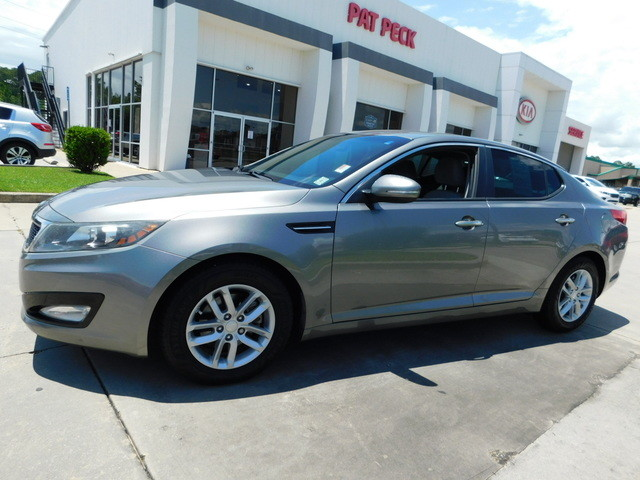 Pre-Owned 2013 Kia Optima LX